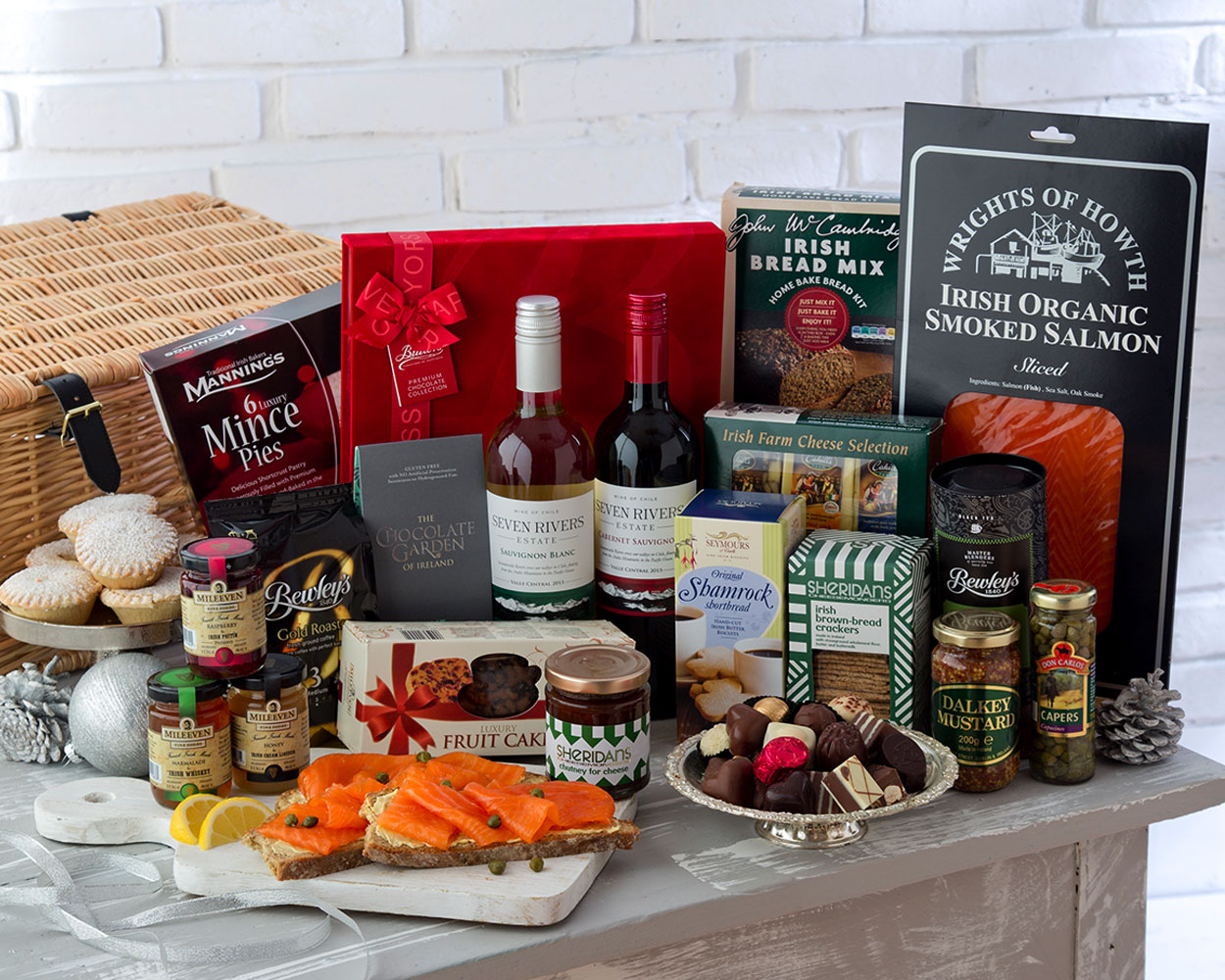 Gifts and hampers: